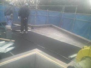 屋上シート防水 シート貼り状況