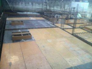 地中梁、1階スラブ型枠組み